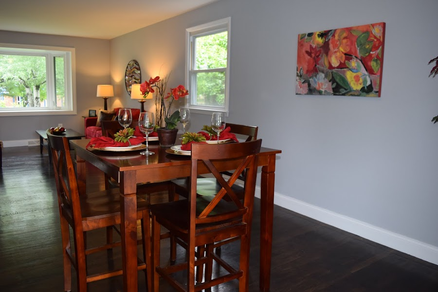 Staging a Dining Room with Warm Colors