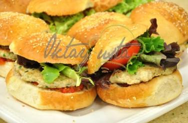 Oktay Usta Tavuk Köfteli Hamburger Tarifi Yeşil Elma