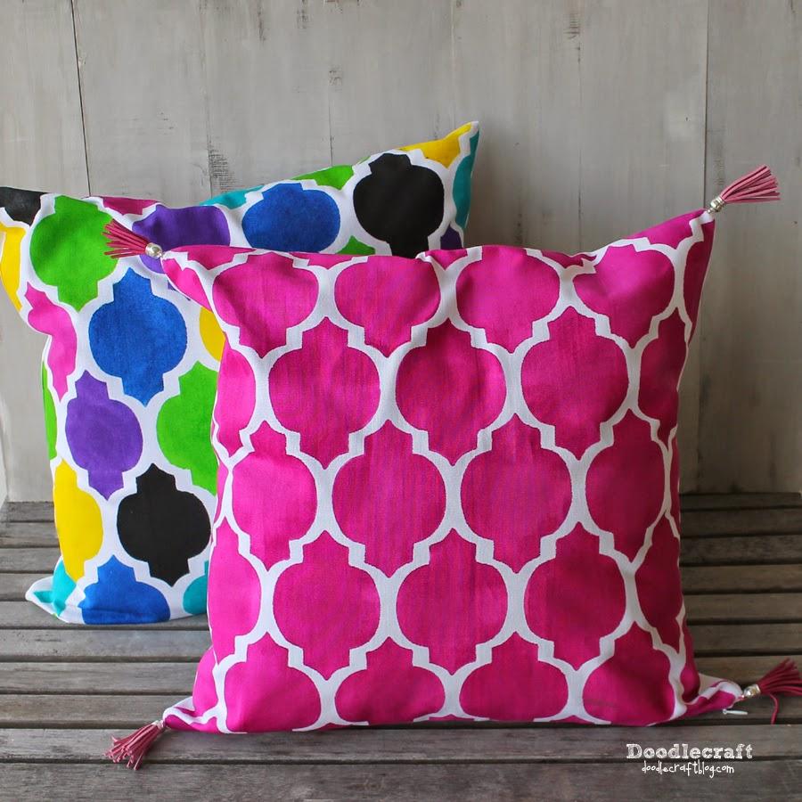 http://www.doodlecraftblog.com/2014/09/paint-pillow-and-giveaway.html