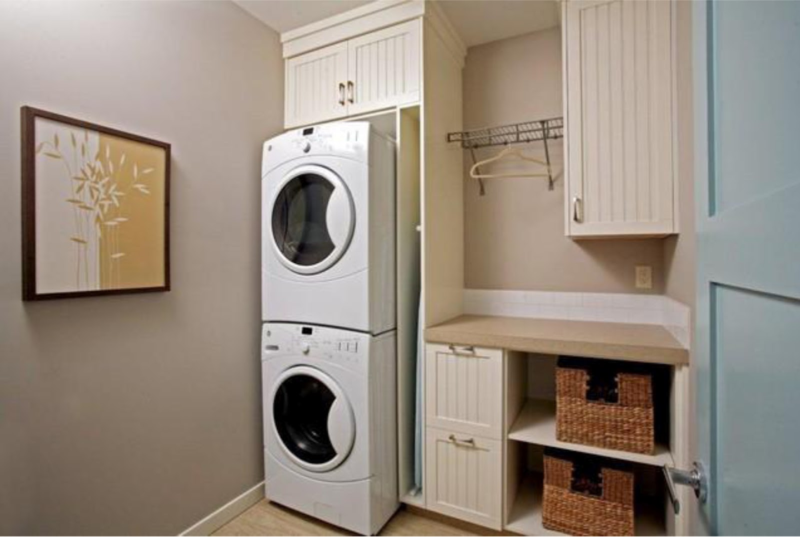 Simplifying remodeling designer39s touch 10 tidy laundry for Laundry room cabinets ideas