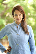 Lakshmi manchu new photo shoot-thumbnail-7
