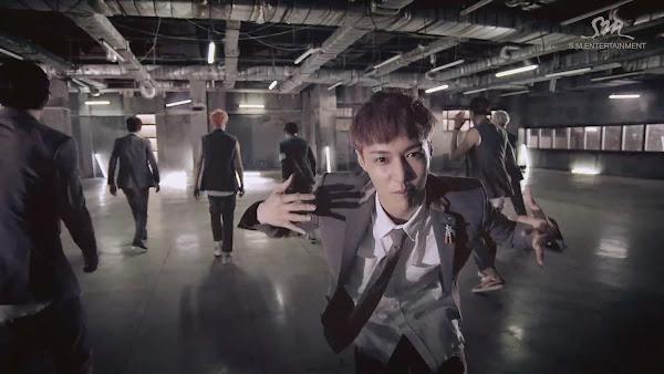EXO Growl Lay