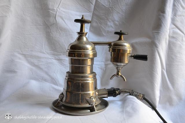 antica macchina caffè espresso