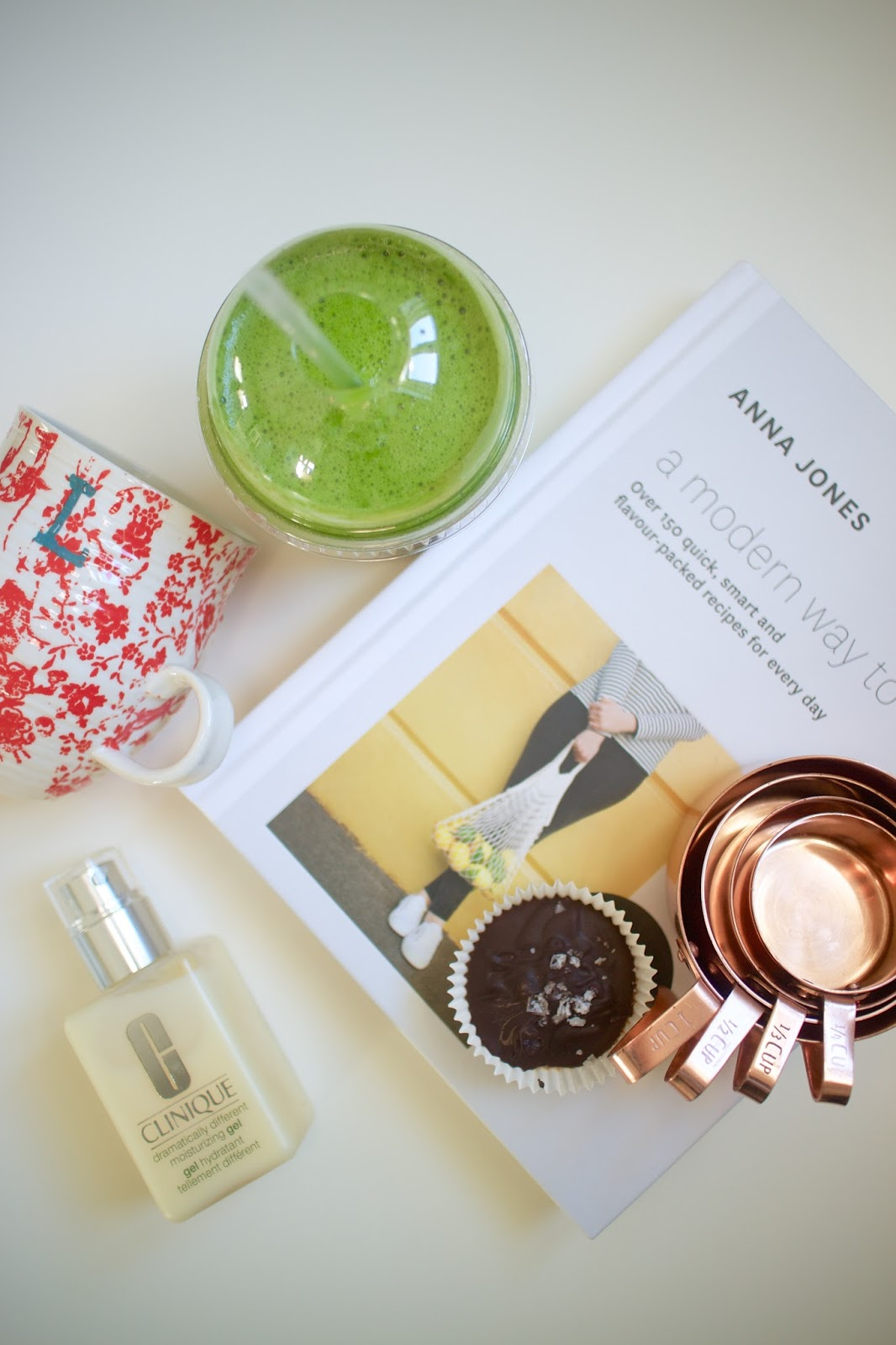 She's So Lucy Loves Lately Green Smoothie Beyond The Kale Anthropologie Healthy Almond Butter Cups Clinique Dramatically Different Oily Review Anna Jones Modern Way To Cook