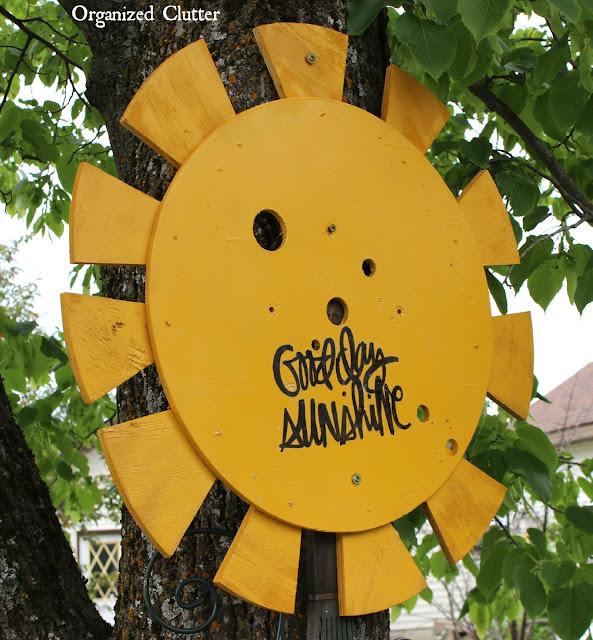 Junk Garden Wire Spool & Trellis Sunflower www.organizedclutter.net