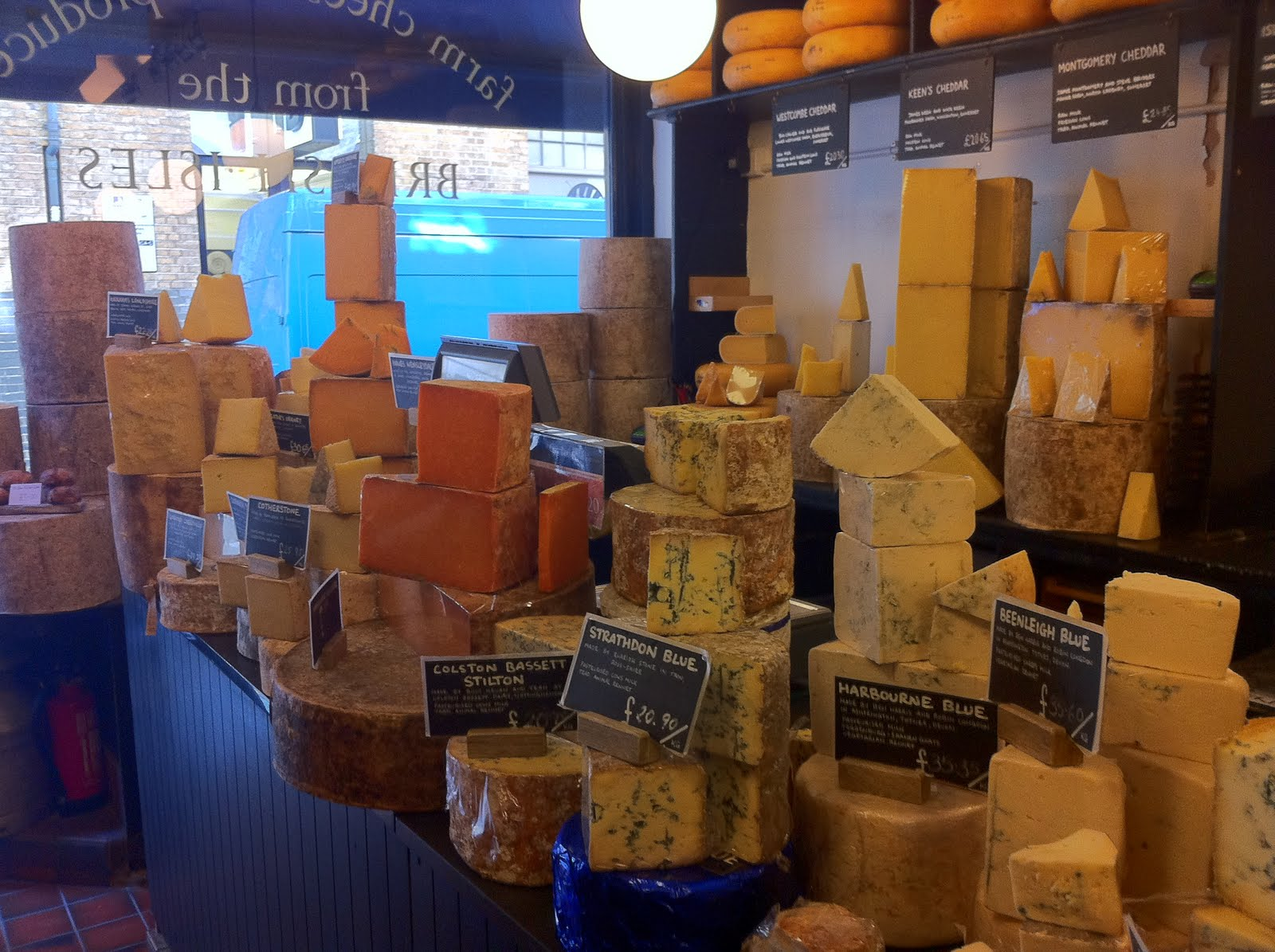 Cheese and Biscuits: Cheese of the Month - Berkswell from Neal\'s ...