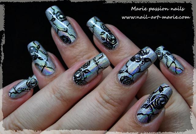 Nail Art Roses noires1