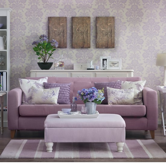 decoracao de sala lilas:Lavender Living Room Decorating Ideas
