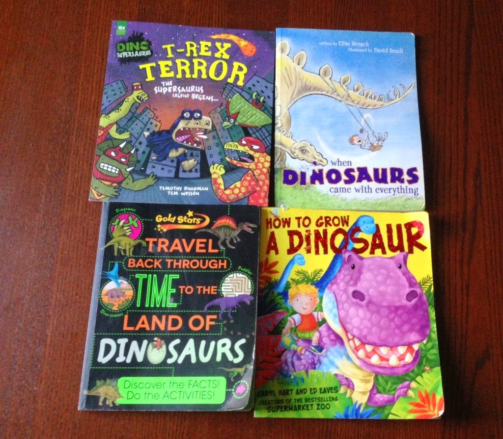 http://californianmuminlondon.com/our-favourite-dinosaur-books/