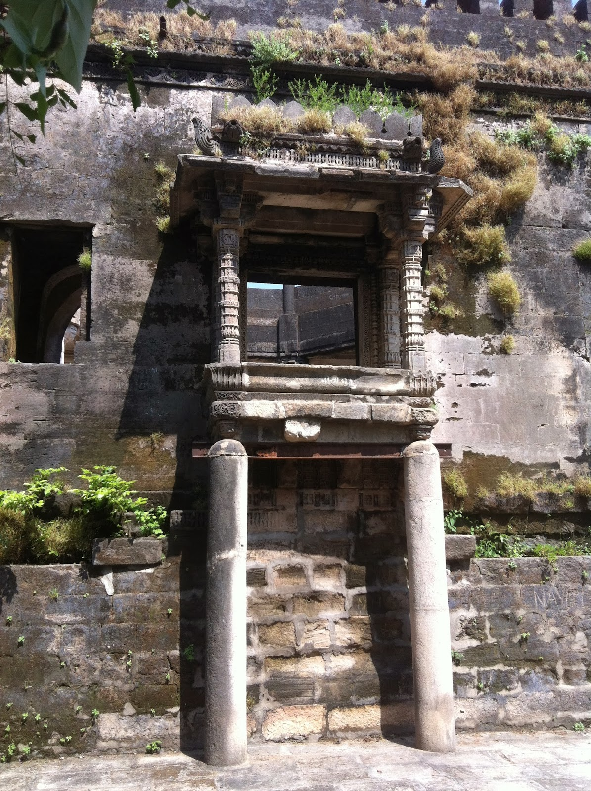 The spooky uparkot fort junagadh gujarat - Come With Us Back To 1 500 Bc Sound Fx And Swirling Screen Etc To The Ancient Fort At Uparkot In Junagarh Garh Fort