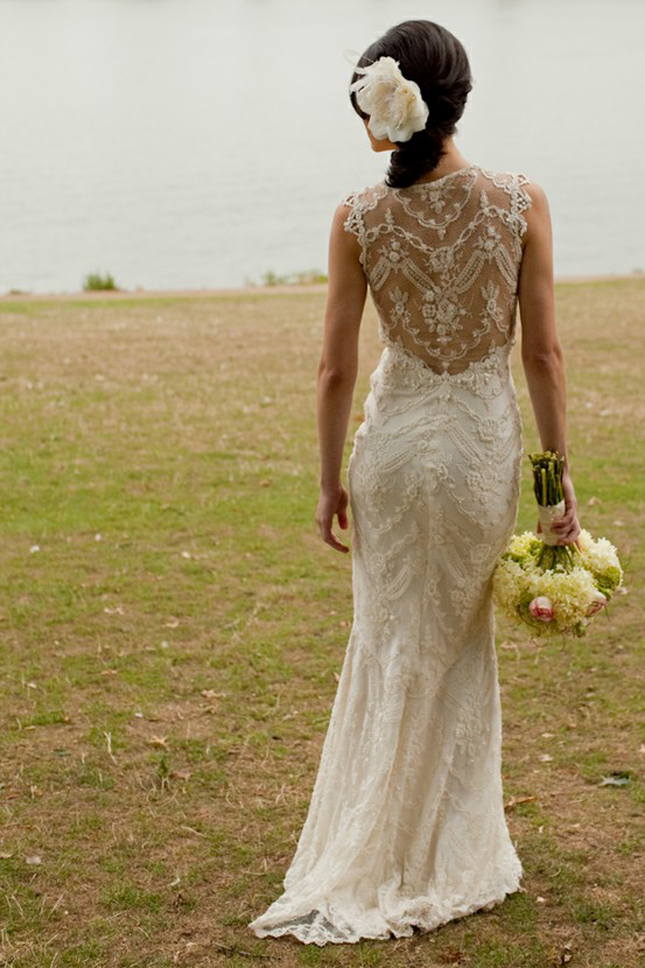 Lace back wedding dresses part 1 belle the magazine for Wedding dresses lace back