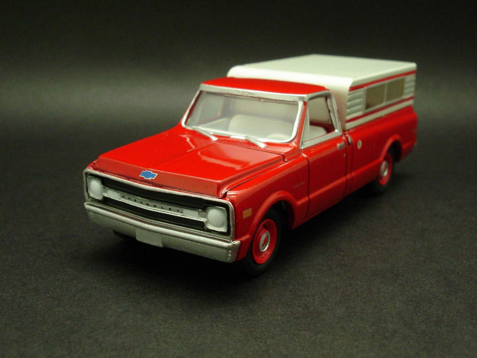 1:64 Scale Diecast from