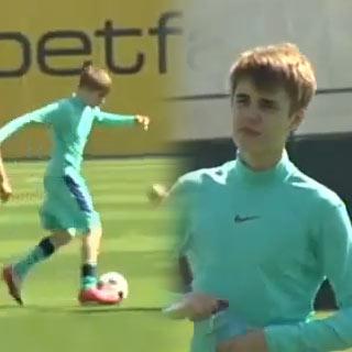 Fuera De Lugar Justin Bieber Jug Al F Tbol Con La