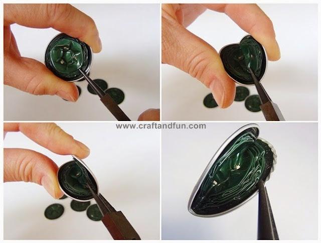 un bougeoir avec des capsules nespresso hobby 39 s de nadou. Black Bedroom Furniture Sets. Home Design Ideas