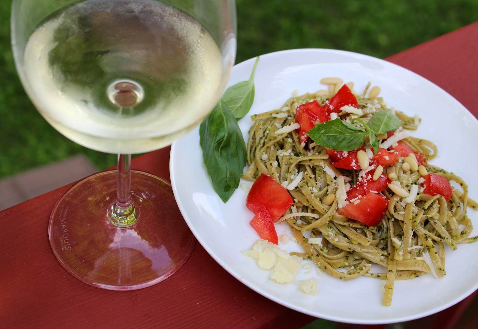 pesto and sauvignon blanc, classic wine pairing