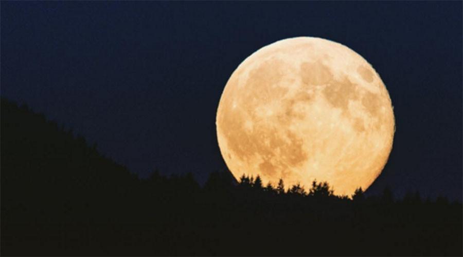Rare Full 'Cold' Moon
