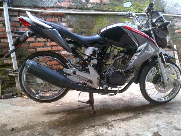 modifikasi motor honda megapro 2011