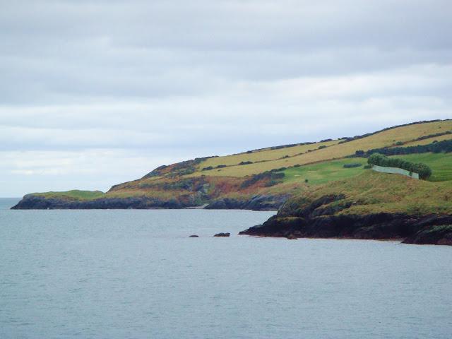 ирландское побережье около black castle