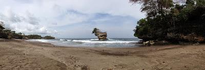 Sejuta Keindahan Pantai Madasari di Pangandaran