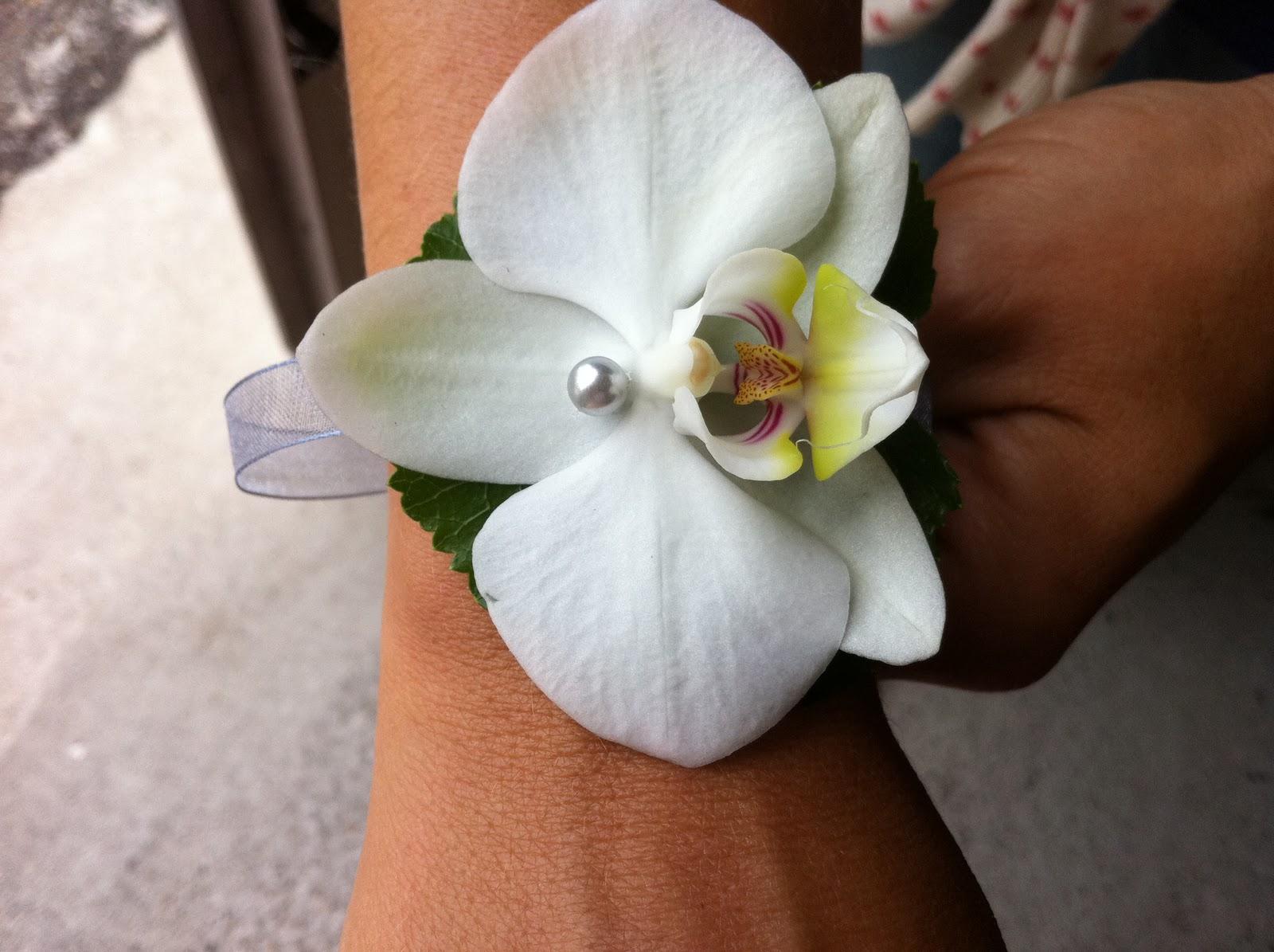des fleurs dans les toiles bracelet demoiselles d. Black Bedroom Furniture Sets. Home Design Ideas