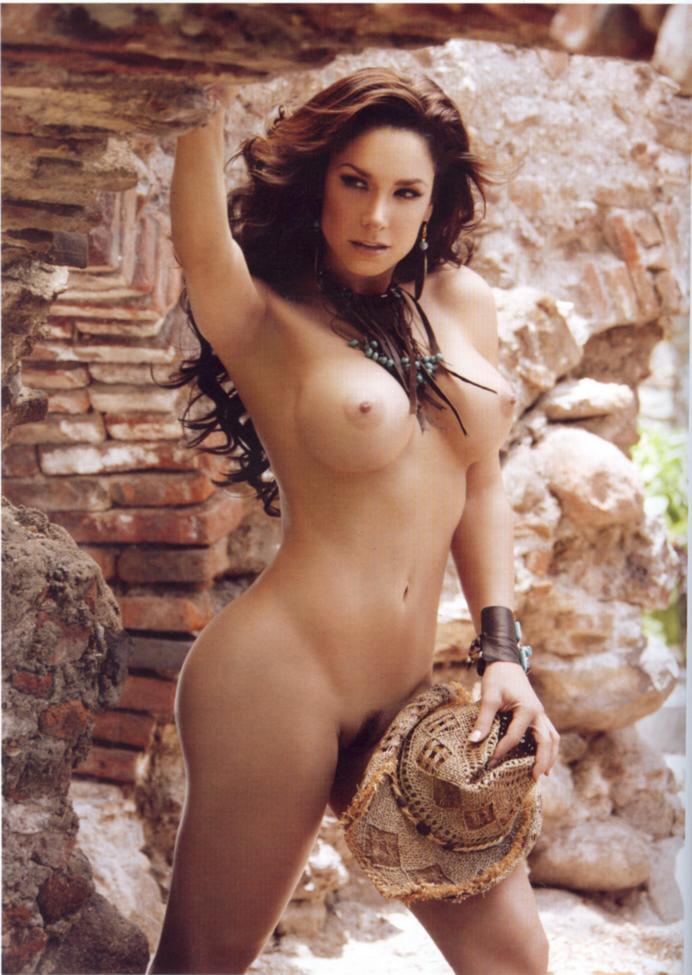 Lisa mccune desnuda en la revista