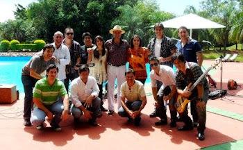 Con el Grupo Renacer de Paraguay