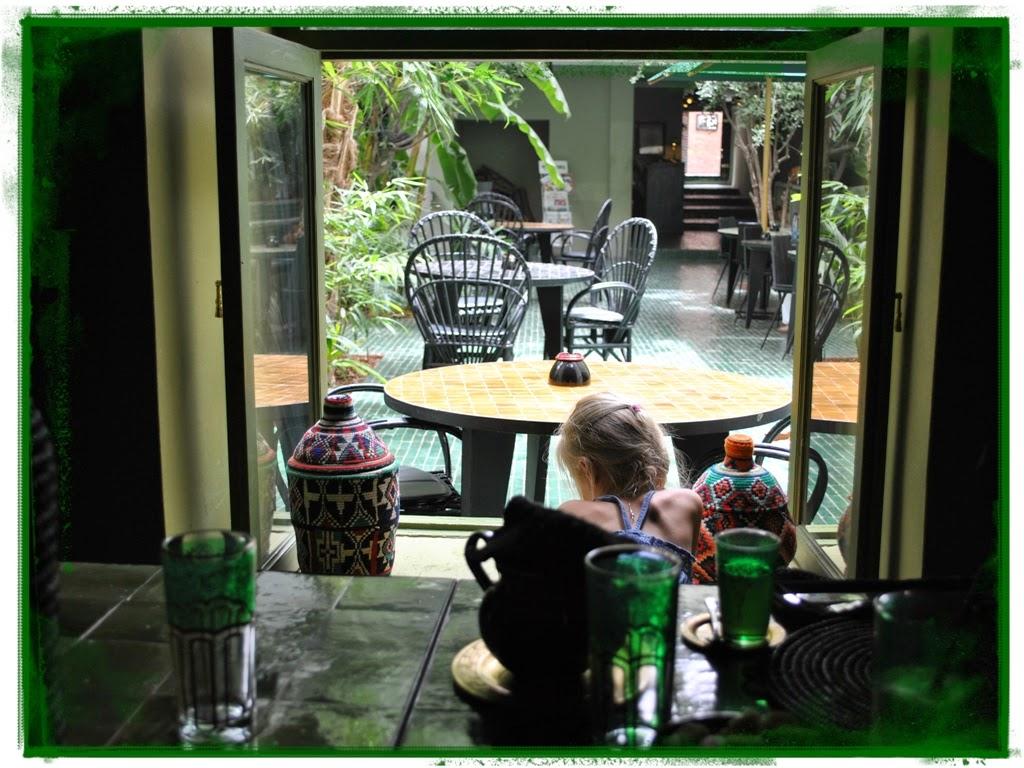 Beyond marrakech a lazy lunch in le jardin for Cafe le jardin marrakech