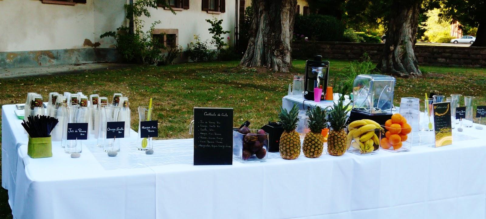 Id es pour un mariage tendance 100 le bar jus for Decoration pour reception