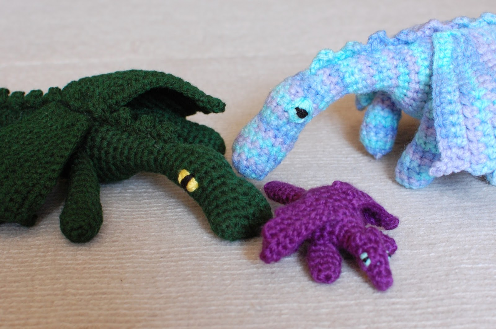 Eyes For Amigurumi : 26 donuts: dragon eyes