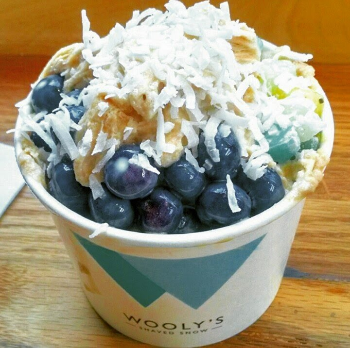 Wooly's Shaved Snow w/coffee, blueberies, coconut flakes