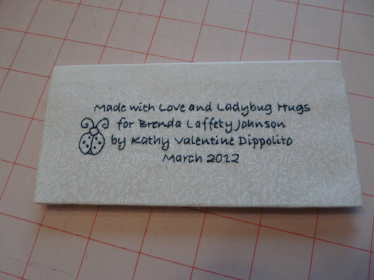 Made with Love and Ladybug Hugs: Tutorial: Embroidered Quilt Tags : quilting signature tags - Adamdwight.com