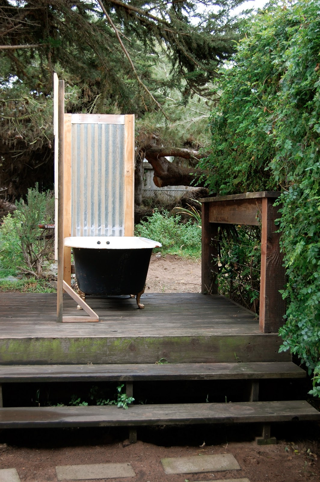 book movie nerd private outdoor bathtub diy style