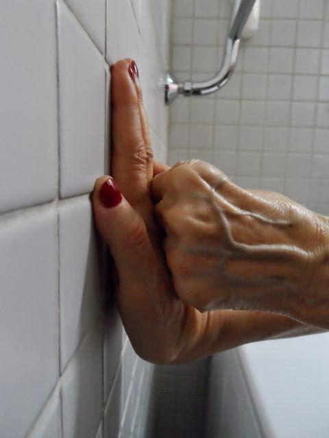 Kramppi kädessä