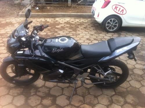 http://grosir-motorbekas.blogspot.com/2014/12/jual-cash-kredit-motor-bekas-ninja-rr.html