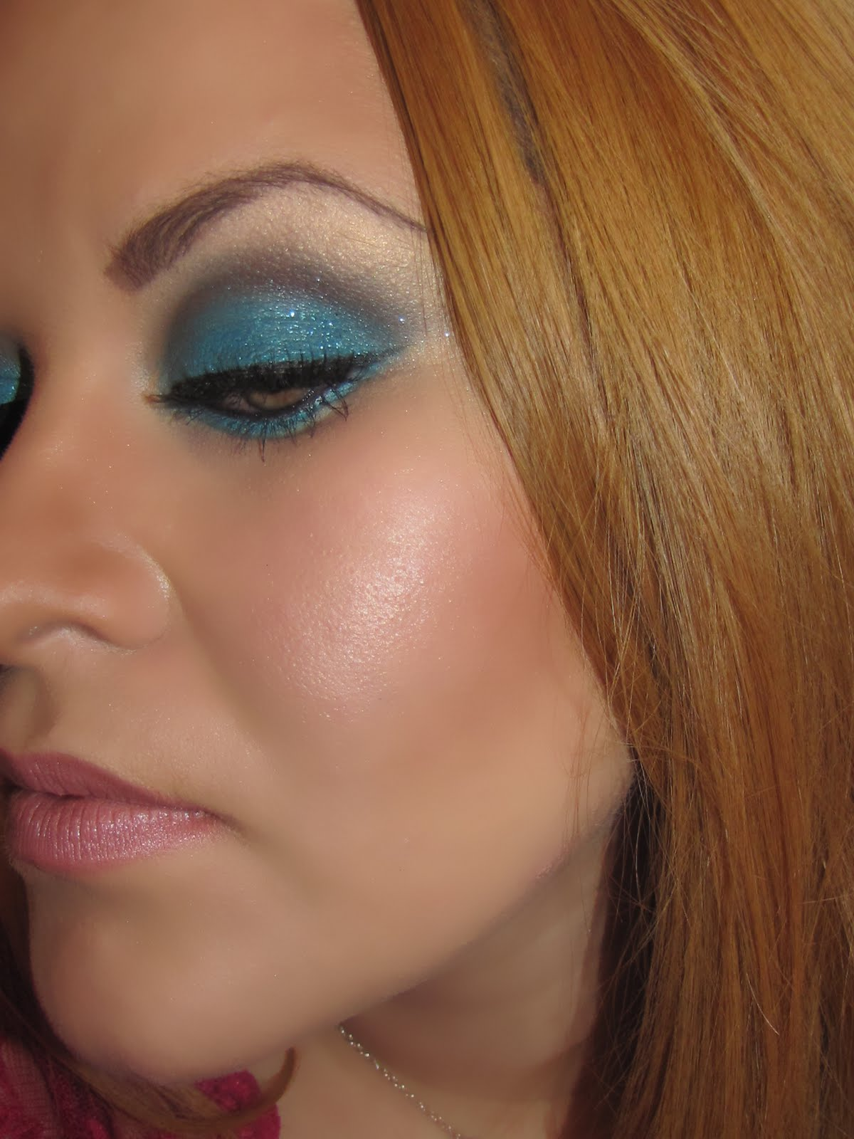 Makeup With   Blue Eyes  U0026 Light Pink Lips
