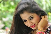 Swathi Dixit Glamorous photo shoot stills-thumbnail-3