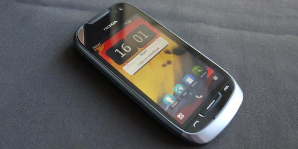Nokia 701 - Review