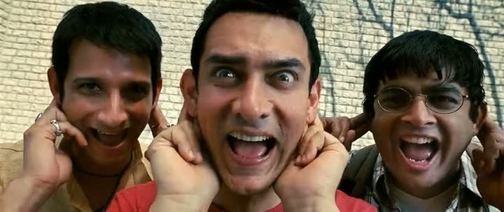 Screen Shot Of Hindi Movie 3 Idiots 2009 300MB Short Size Download And Watch Online Free at worldfree4u.com