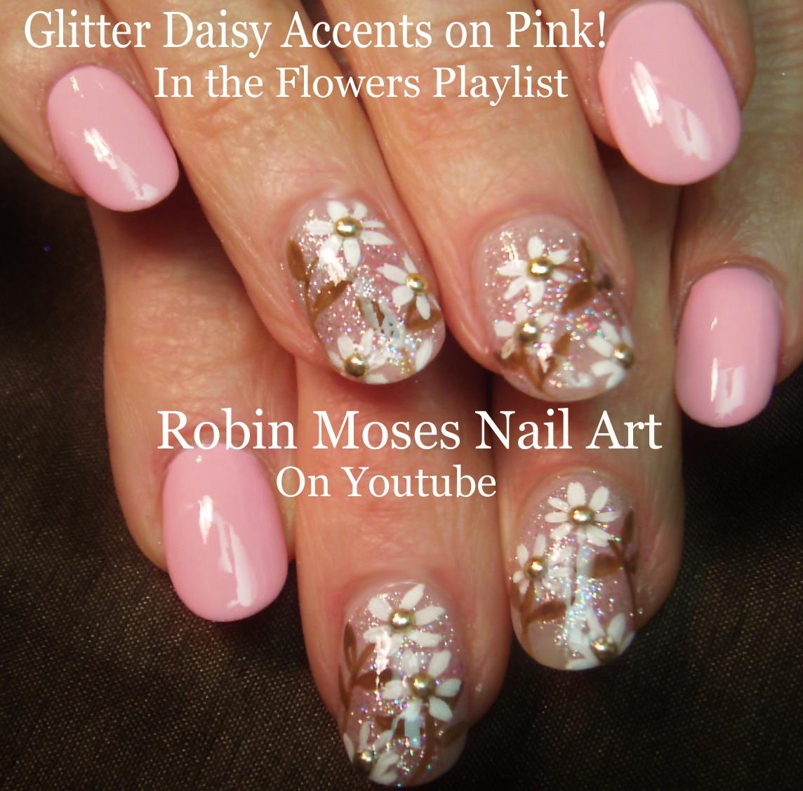 Robin Moses Nail Art: Daisy Nail Art on Navy Blue Tips!
