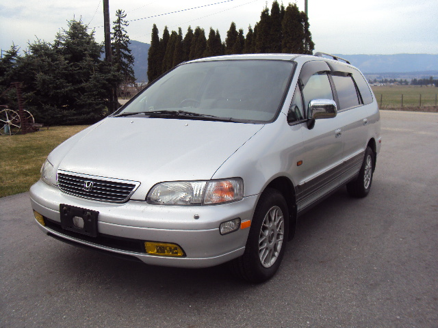 j cruisers jdm vehicles parts in canada 1995 honda odyssey awd for sale in bc canada. Black Bedroom Furniture Sets. Home Design Ideas