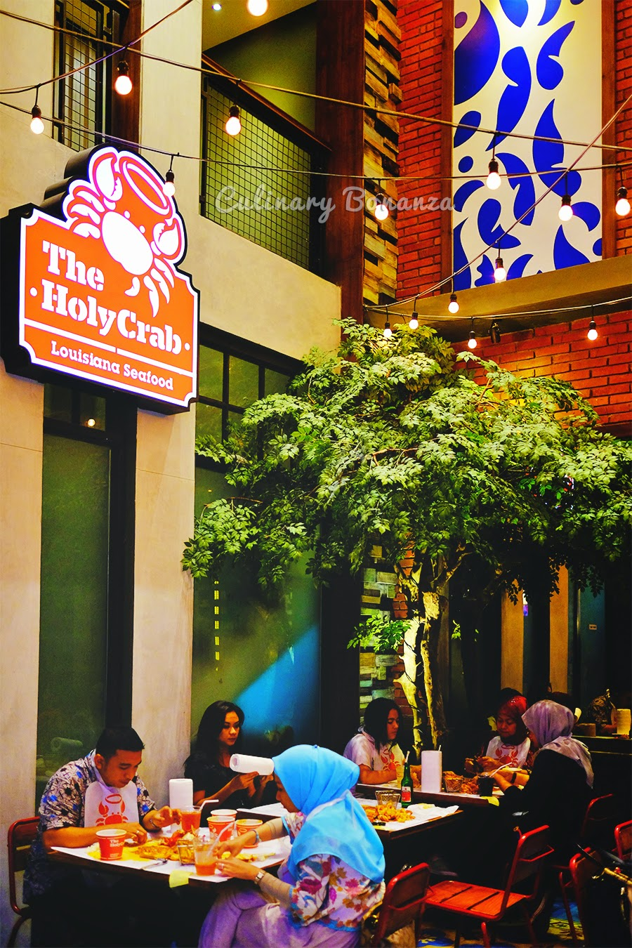 The Holy Crab Louisiana Seafood Gunawarman Jakarta