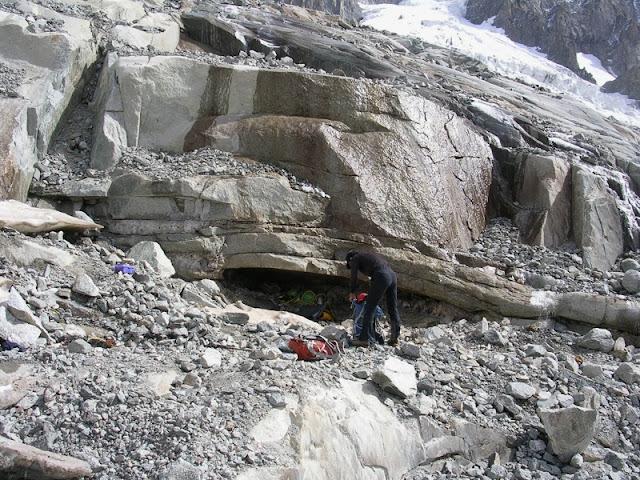 four de cristaux situés dans les montagnes du Mont-Blanc