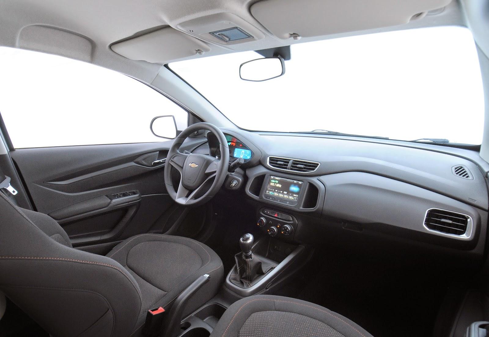 interior onix 2015