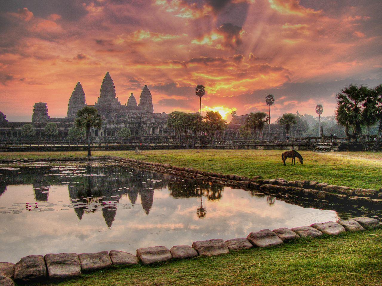 angkor wat travel guide pdf