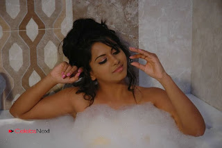 Tollywood Actress Rachana Mourya Spicy Stills in Tub 0002
