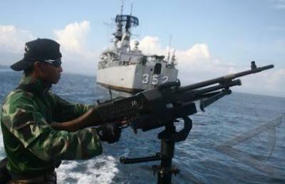 Foto TNI-AL Turut Mengamankan KTT ASEAN Ke-19