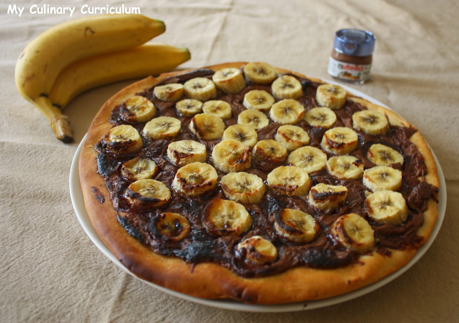 how to make banana nutella pizza