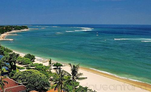 Pantai Kuta Bali Pada Siang Hari