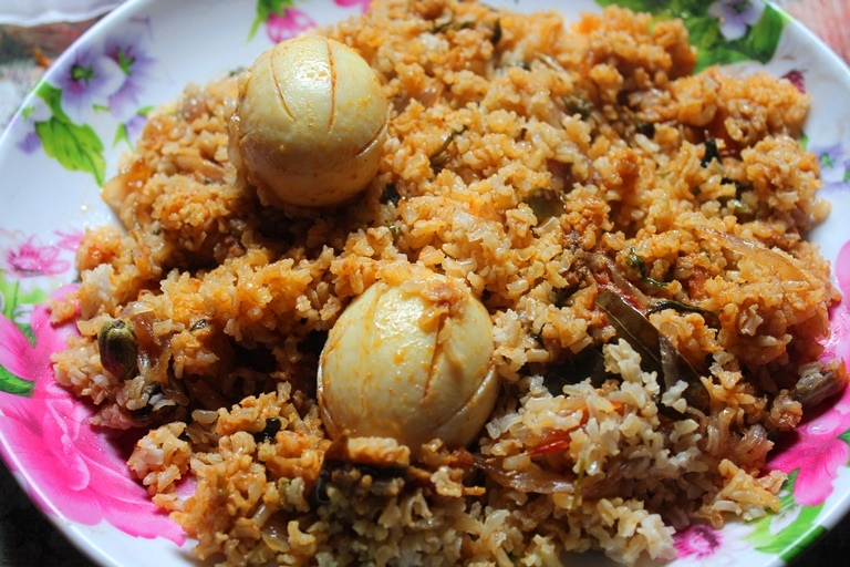 Brown Rice Egg Biryani Recipe / Egg Dum Biryani Recipe