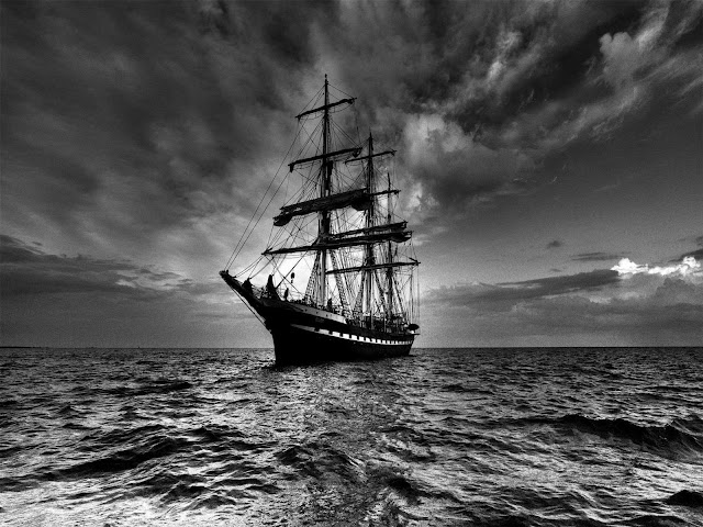 Sailing Boat   Ocean Black  White Wallpaper   Black and White